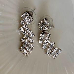 Jewelry - Bling earrings